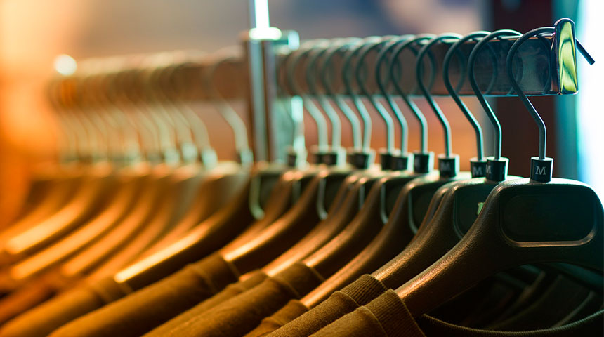 hangers - 4 Things to Know Before Building Your Closet